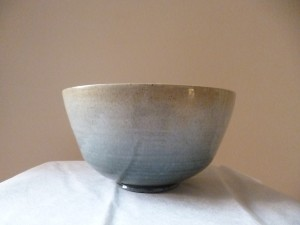 Medium stoneware bowl